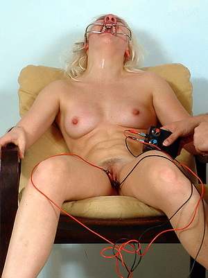 blondes electro torture